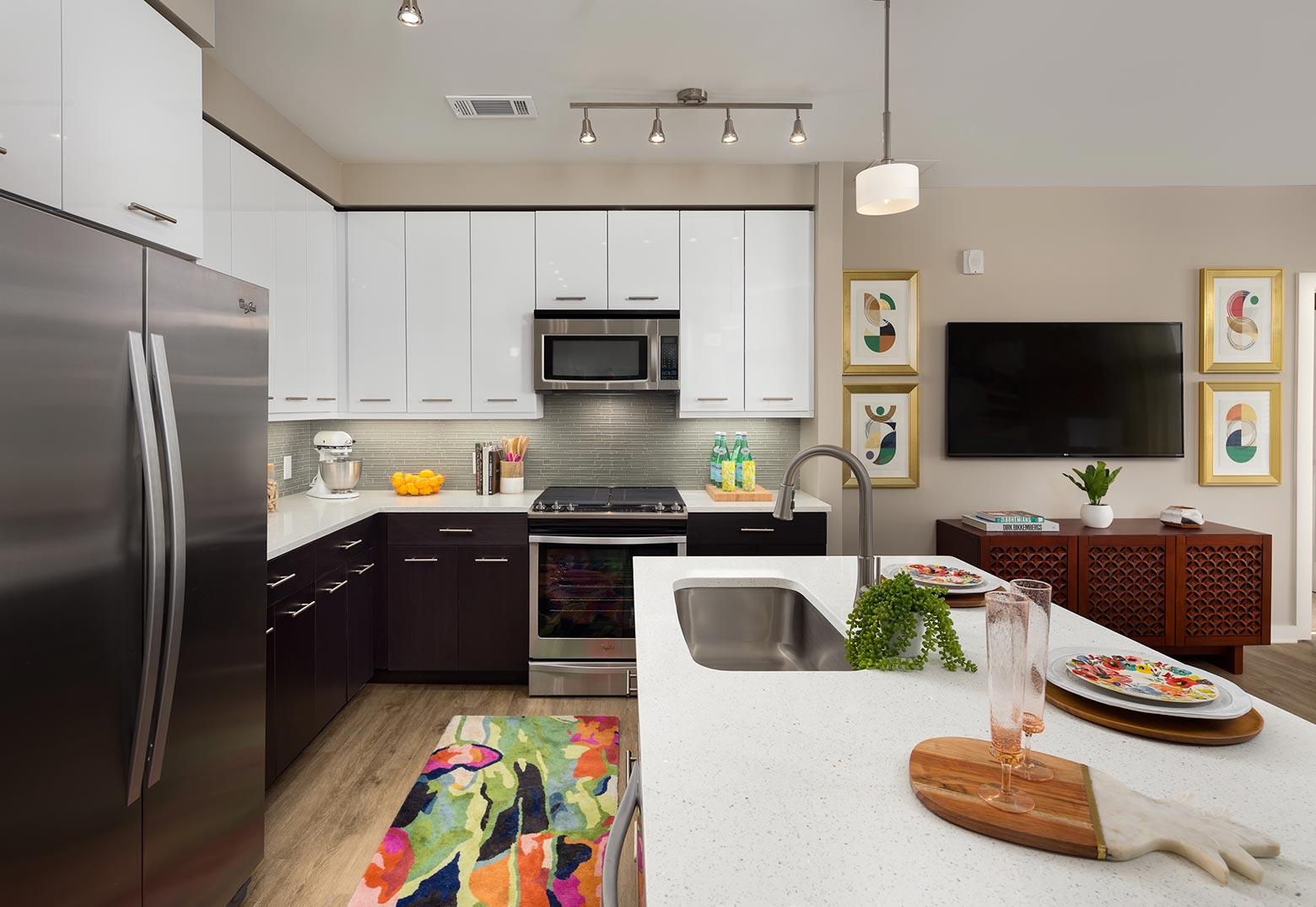 Modern Kitchen | Nine15 Midtown